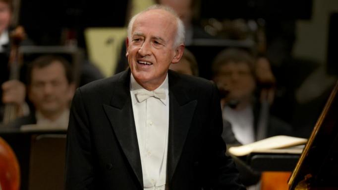 Maurizio Pollini [CANCELLED] at Isaac Stern Auditorium